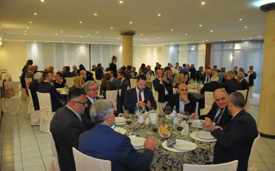 Grande partecipazione alla cena dell'Accademia Italiana del Peperoncino a Rieti: c'era anche l'Ambasciata del Messico!